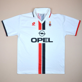 online store 8231d da8b5 AC Milan Classic Football Shirts | Vintage Sports Fashion