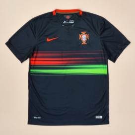 Portugal 2015 - 2016 Away Shirt (Excellent) M